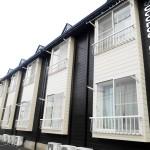 【サクセス・ベル】チョコレート色のアパート『LOFTベッドと出窓と玄関のある部屋』